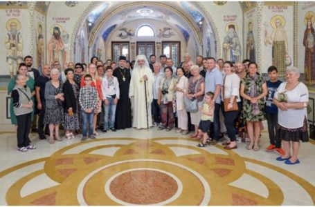 """Patriarhul Daniel: """"Este o mare bucurie când în diaspora noastră se păstrează identitatea românească"""""""