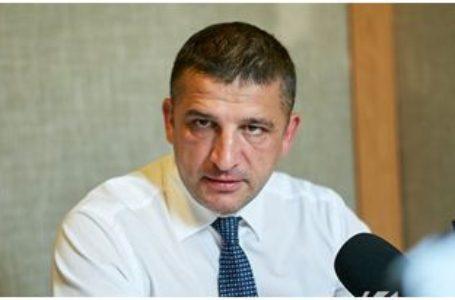 """Vlad Țurcanu: """"Vizita ministrului Apărării de la Chișinău la Moscova, unde a avut o întrevedere cu omologul său rus, este una ciudată și nu face bine R. Moldova pe plan extern""""33%"""