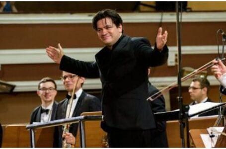 Românul Cristian Măcelaru, numit director muzical al Orchestrei Naţionale a Franţei