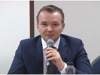 Ca urmare a represiunii intolerabile pe care Finlanda o aplică împotriva familiei Smicală, Deputații PNL, Daniel Gheorghe și Matei Dobrovie, fac apel la MAE să intervină
