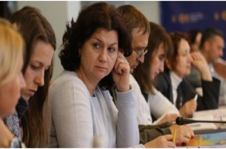 Articolul lingvistic al Legii Educației din Ucraina, discutat la Ministerul Învățământului și Științei de la Kiev. Reacții în comunitatea românească!