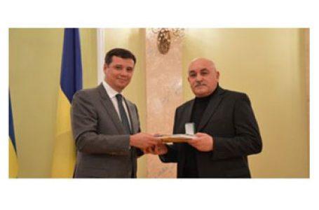 Directorul școlii din Bahrinești, regiunea Cernăuți – Lider al Învățământului din Ucraina
