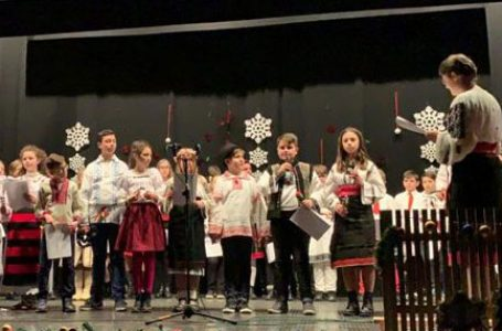 """Serbarea de Crăciun a parohiei """"Înălţarea Sfintei Cruci"""", Torino 2"""