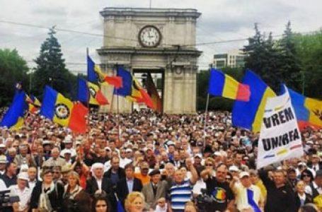 """ZECE partide din R. Moldova, îndemnate să creeze """"un singur front larg de luptă"""" – Mișcarea Unionistă din R. Moldova"""