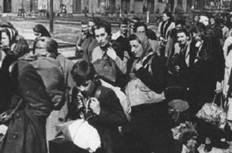 RIDICAȚII – MĂRTURII DIN SIBERIA/Victor Moraru: Mame cu prunci, printre ele și mama mea, au fost luate din maternitate și duse la închisoarea din Bălți…Peste o lună și ceva, pe un ger cumplit, am fost deportați