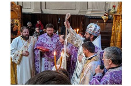 Mitropolitul Iosif a ținut Sfânta Liturghie la români din Londra undea evocat jertfa eroilor și martirilor Revoluției din Decembrie 1989