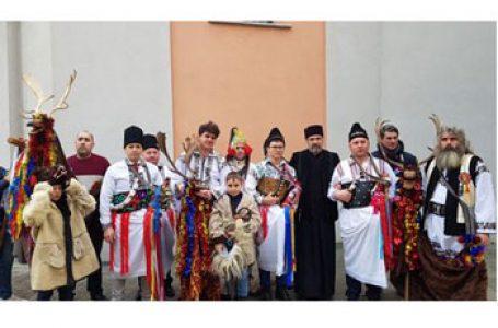 """Tradiții populare de Anul Nou în Parohia românească """"Toți Sfinții"""" din Milano Nord-Monza"""