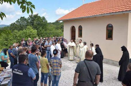 """Emisiunea """"Comori ale ortodoxiei"""" a postului Trinitas TV continuă prezentarea Bisericii Ortodoxe Române din Timoc și probleme grave cu care se confruntă"""