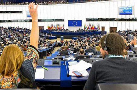 """Rezoluție care condamnă Polonia pentru instituirea """"zonelor libere de LGBT"""", dar și România pentru Referendumul Căsătoriei, adoptată în decembrie de PE. Au votat-o majoritatea eurodeputaților români"""