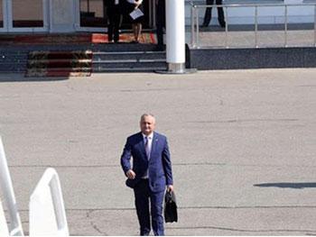 """Nicolae Negru: """"Dodon nu a promovat nimic la Munchen. El se erijează în avocat al Rusiei, se face de râs. Nu-l ia în serios nici Putin, nici occidentalii"""""""