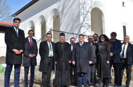 Premierul României a vizitat Aşezământul Bisericesc al românilor din München
