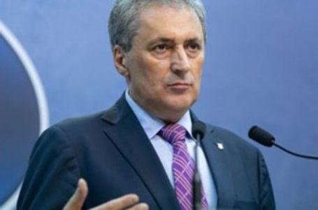 Mesajul ministrului de Interne pentru românii care vor să revină în țară. Cum pot afla dacă trebuie să stea în carantină sau în izolare la domiciliu
