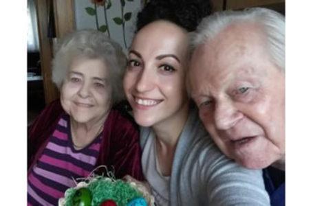 """Povestea Adrianei, care a rămas alături de bătrânii pe care îi îngrijea în Austria: """"Multe familii se tem că asistentele vor pleca"""""""
