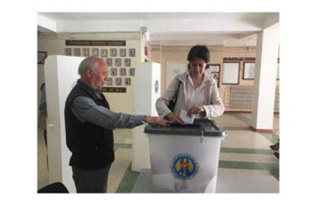 Alegeri prezidențiale dincolo de Prut la 1 noiembrie. Dodon între înhisoare și a fi din nou președinte