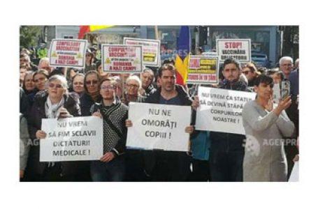 Alianța Familiilor din România: OBLIGATIVITATEA VACCINARILOR SUBMINEAZA DREPTURILE PARENTALE: SPUNEM NU!