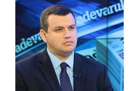 """Eugen Tomac crede că ar trebui să i retragă cetățenia română premierului Ion Chicu.: """"Nu poți fi și cetățean UE, și propagandist în stil sovietic"""""""