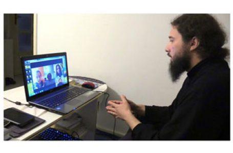 Elevii români din Ungaria participă la ore de religie predate online