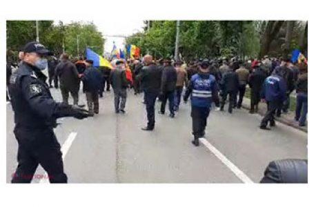 VETERANII războiului de pe Nistru, au cerut în centrul Chișinăului anchetarea lui Dodon