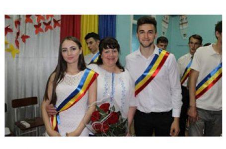 """Emisiune TVRI """"La un pas de România"""": Din Tiraspol, cu focul din suflet și cu dor nespus (I)"""