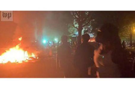 """Atac anticreștin la Washington DC. S- a dat dat foc bisericii anglicane """"Sf. Ioan"""" din Washington. Trump va trimite armata în stradă pentru a opri violențele anarhiste"""