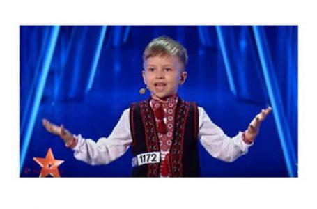 """Băiețelul din Chișinău care a cucerit """"Românii au talent"""" a câștigat premiul de 10 000 de euro pentru originalitate"""
