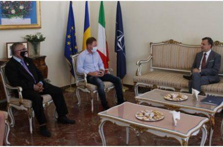 Distincții din partea autorităților Statului Român pentru români din Italia