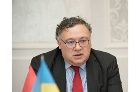 Diplomat maghiar: Budapesta va continua să blocheze reuniunile Comisiei NATO-Ucraina până ce Kievul nu renunță la îngrădirea drepturilor minorității maghiare
