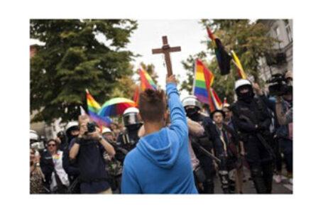 Alianța Familiilor Creștine: PARLAMENTUL EUROPEAN ATACA (DIN NOU) POLONIA CRESTINA