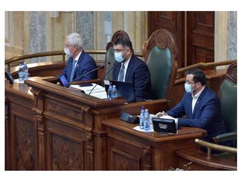 Complicități ticăloase! În timp ce drepturile minorității române din statele din jurul Romăniei sunt călcate în picioare, Parlamentul României acordă noi privilegii minorităților din România