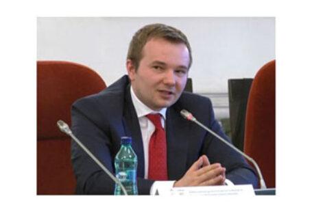 """Deputatul Daniel Gheorghe: """"Bucureștiul trebuie să aducă Basarabia acasă… cred că inclusiv Germania ar trebui să înțeleagă foarte clar că aceste blaturi pe sub masă pe care le face cu Rusia lui Putin ar trebui să înceteze definitiv"""""""