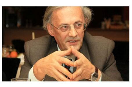 Dr. Vasile Astărăstoaie: Vaccinarea anti COVID-19 – între optimism și reticență