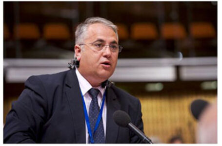 Senatorul Viorel Badea readuce în atenția Adunării Parlamentare a Consiliului Europei problema nerespectării de către Ucraina a dreptului la educație în limba maternă