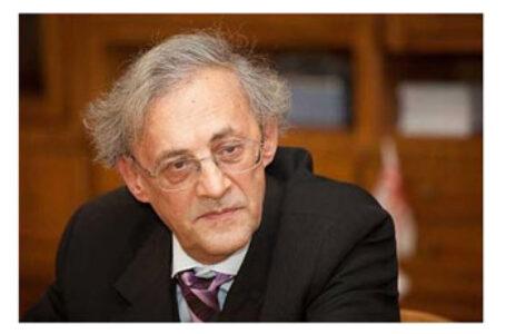 """Profesorul Vasile Astărăstoae explică de ce NU se va vaccina: """"Sunt semne de întrebare privind vaccinurile, mai ales cu privire la efectele pe termen lung. Toate au aprobare CONDIȚIONATĂ"""""""