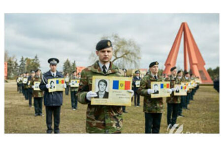 Senatorul AUR, Claudiu Târziu, în Parlamentul României: Aducem un pios omagiu eroilor români căzuți în 1992 în războiul pentru apărarea Patriei, pe Nistru