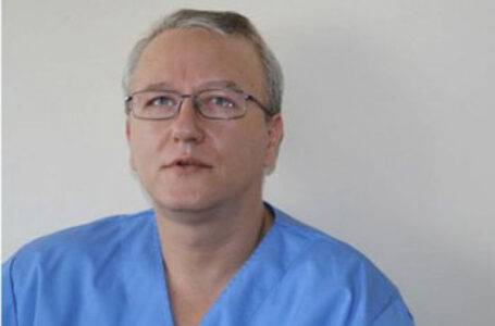 Dr. Răzvan Constantinescu: ÎNCĂ O BORNĂ PE DRUMUL CĂTRE DISTRUGERE. Avem o gașcă de derbedei care pun jos spital după spital, pentru ca pacienții să se ducă în privat